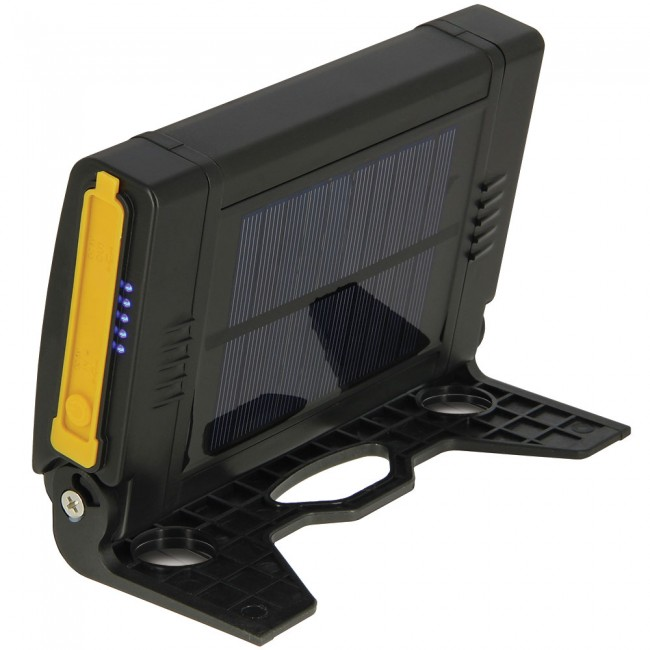 LED лампа и power bank в едно NGT Profiler Fishing Power Bank LED Light System | www.CARPMOJO.com
